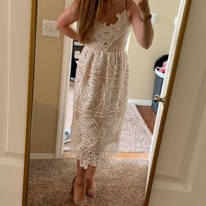 Dresses & Skirts - ChicWish White Lace Dress